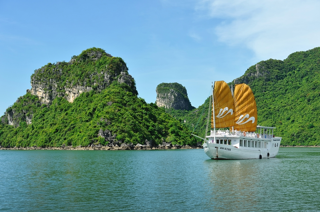PARADISE CRUISE HALONG BAY 5*